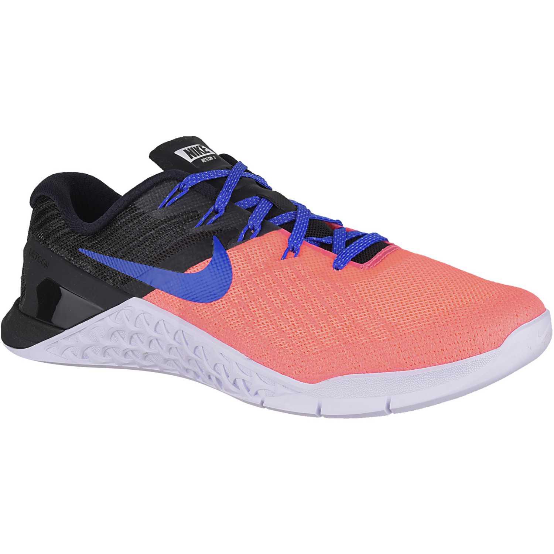 e9e6e05a850b0 Zapatilla de Mujer Nike Negro   coral wmns metcon 3