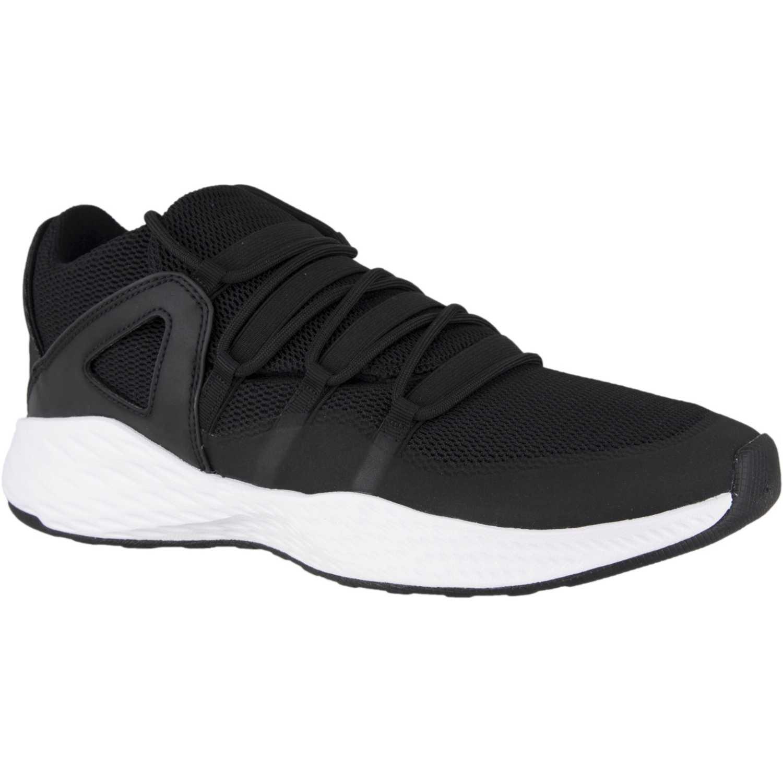 9d267268157 Zapatilla de Hombre Nike Negro   blanco jordan formula 23 low ...