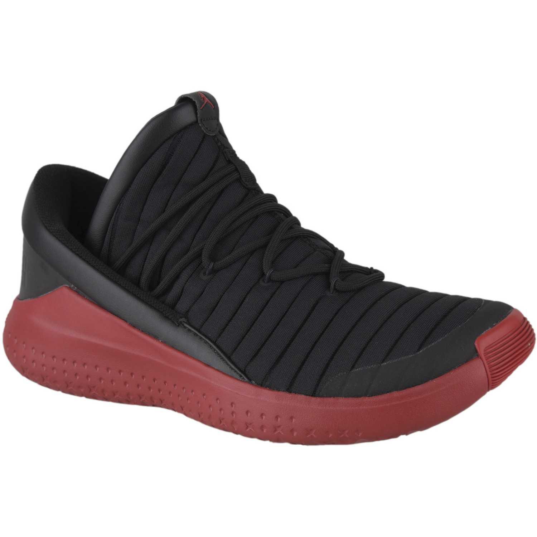 e8b40e4184b Zapatilla de Hombre Nike Negro   rojo jordan flight luxe ...