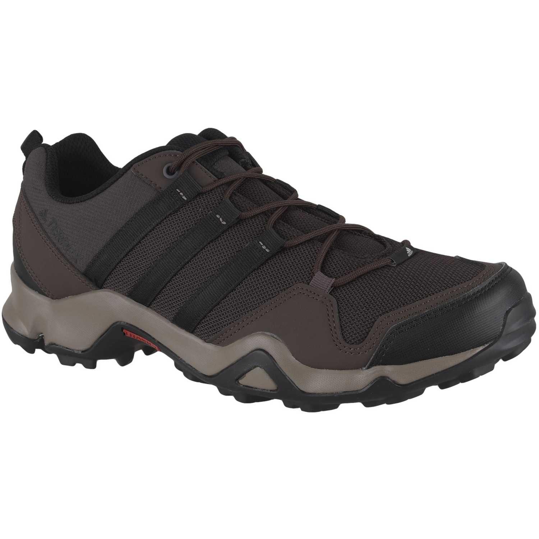 Zapatilla de Hombre Adidas nos trae su colección en moda Hombre Mujer Kids. Envíos gratis a todo el Perú.  Negro / marrón terrex ax2r