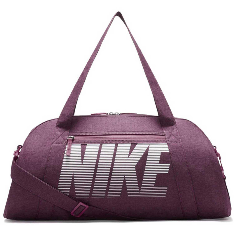 Maletin Deportivo de Mujer Nike nos trae su colección en moda Hombre Mujer  Kids. Envíos 5f0380322651a