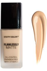 City Color Sand de Mujer modelo flawlessly matte foundation Maquillaje Base líquida